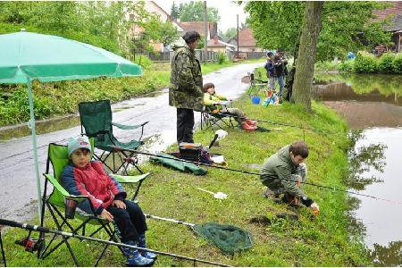 Rybářské závody pro děti 2013